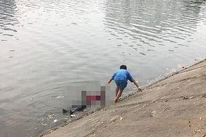 Xót xa con trai mò thấy thi thể bố dưới hồ câu cá