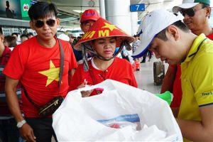 Người hâm mộ lên đường 'tiếp lửa' cho tuyển Olympic Việt Nam