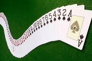 Thi đánh bài tại ASIAD 18: Cụ ông 85 tuổi bị loại, tỷ phú 78 tuổi giành HCĐ