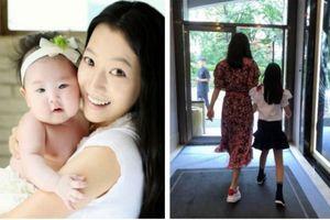 Từng bị chê xấu nhưng giờ đây con gái đại mỹ nhân Kim Hee Sun lại được fan khen vì điều này