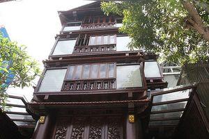 Chiêm ngưỡng ngôi nhà gỗ 5 tầng trị giá 30 tỷ của lão gia Hà Tĩnh