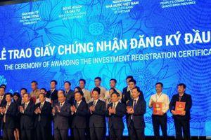 Quảng Bình trao giấy chứng nhận đăng ký đầu tư cho 36 dự án, tổng vốn đầu tư gần 30.000 tỷ đồng