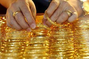 Giá vàng có dấu hiệu chững lại