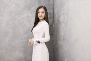 Á khôi Lê Ngọc Thúy: 'Tôi muốn thoát khỏi cái bóng người đẹp đi hát'