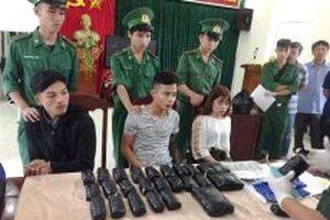 Bắt vụ vận chuyển 65.800 viên ma túy tổng hợp