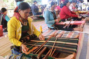 Lễ hội văn hóa thổ cẩm Việt Nam tại tỉnh Đắk Nông
