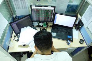 VN-Index 'ngập ngừng' trước ngưỡng 1.000 điểm