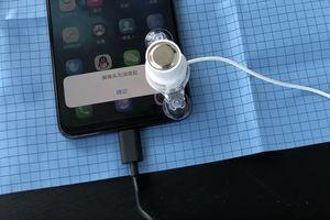 Video tra tấn thử đồ bền của camera 'thò thụt' của Vivo Nex