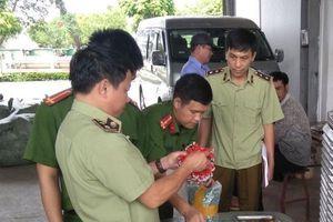 Bắc Giang: Chặn đứng 1 tấn bánh kẹo không nguồn gốc tiêu thụ dịp Trung thu
