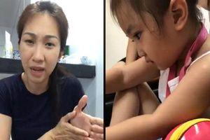 Con gái đi học về mách bị cô giáo bóp cổ bầm tím, Lều Phương Anh bức xúc tìm đến tận trường xử lý