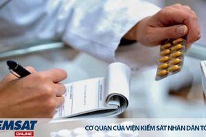 Bỏ quy định mua thuốc cho con phải khai số CMND