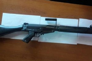 Trộm đột nhập vào kho vũ khí của cảnh sát, đánh tráo hơn 40 khẩu súng thật
