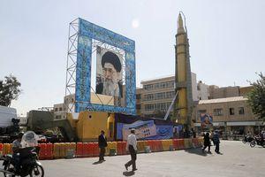 Mỹ ra đòn Iran: Chưa thể 'lật đổ' sức mạnh Tehran tại Iraq?