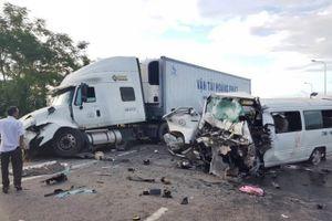 Một tháng, hơn 1.700 người thương vong vì tai nạn giao thông