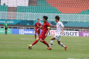 HLV Phan Thanh Hùng: Olympic VN thua, không thể chê riêng các tiền vệ