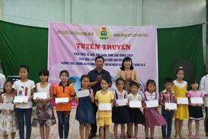 Hải Dương: LĐLĐ huyện Tứ Kỳ tăng cường tuyên truyền, giáo dục pháp luật cho người lao động