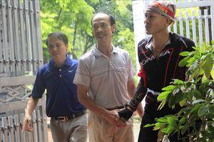 Bố Quang Hải: Ai ghi bàn không quan trọng, quan trọng là Việt Nam thi đấu hết mình