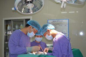 Cứu sống bệnh nhân lún sọ sau tai nạn dù đã được phẫu thuật