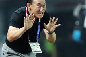 HLV Olympic Hàn Quốc nói 'như đinh đóng cột' trước 'giờ G'