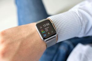 Apple Watch Series 4 tương thích với tất cả dây đeo hiện tại