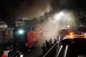 Bé 10 tuổi may mắn thoát chết khi căn nhà cháy ngùn ngụt giữa đêm
