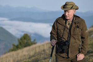 'Sức khỏe' Tổng thống Putin qua những bức ảnh nghỉ hè ở Siberia