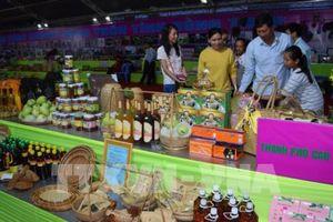 Đồng Tháp thu hút 40.000 lượt khách đến Hội chợ sản phẩm công nghiệp nông thôn