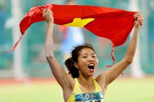 'Nữ hoàng nhảy xa' Bùi Thị Thu Thảo nhận thêm 200 triệu đồng tiền thưởng