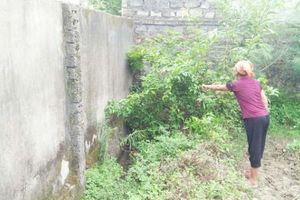 Nghệ An: Cả xóm 'khốn khổ' vì mương thoát nước bị lấp