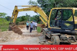 Huyện miền núi Hương Sơn vượt kế hoạch làm GTNT