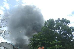 Huế: Cháy lớn tại kho nhà hát múa rối