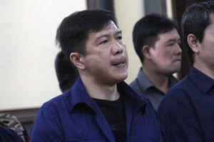 Vụ 'logo xe vua': Nguyên CSGT đối mặt với 15 năm tù