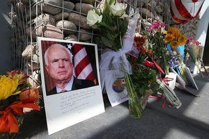 Infographic: TNS John McCain-Cuộc đời và sự nghiệp gắn bó với Việt Nam