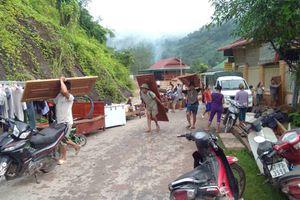 Người dân miền núi Nghệ An bị ngập nặng, thủy điện Bản Vẽ xả lũ kỷ lục