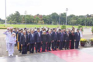 Lãnh đạo Đảng, Nhà nước, TP Hà Nội viếng Chủ tịch Hồ Chí Minh nhân kỷ niệm 73 năm Quốc khánh
