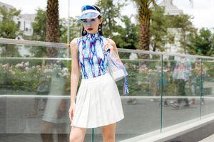 Tín đồ thời trang Sài thành khoe cá tính với BTS 'Giới hạn từ nước'