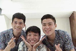 Bộ ba hậu vệ Olympic Việt Nam 'đốn tim' fan với loạt ảnh đáng yêu