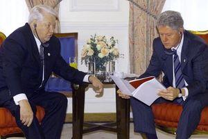 Tiết lộ tài liệu mật về Boris Yelsin và Bill Clinton những năm 90