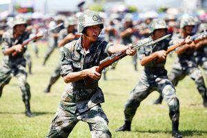 Trung Quốc cân nhắc cho dân Hồng Kông nhập ngũ