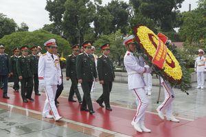 Lãnh đạo Đảng, Nhà nước vào Lăng viếng Chủ tịch Hồ Chí Minh nhân kỷ niệm 73 năm Quốc khánh 2-9