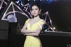 Huyền My khoe vẻ đẹp kiêu sa trong đêm thi Người đẹp thời trang Hoa hậu Việt Nam