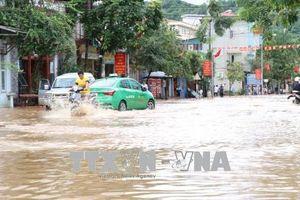 Mưa lớn gây ngập lụt tại Sơn La