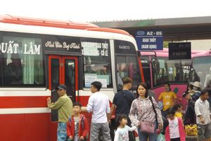Hà Nội: Khách bắt đầu đổ ra bến xe nghỉ lễ Quốc khánh sớm