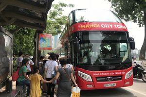 Hà Nội: Buýt City Tour 2 tầng bắt đầu khai thác buổi tối