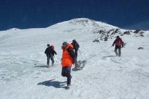 Kỳ lạ: Thi thể nhà leo núi nguyên vẹn sau 31 năm mất tích