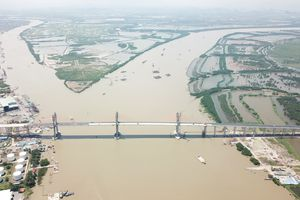 Cao tốc Hạ Long - Hải Phòng, không cho xe máy đi, không thu phí đường, nhưng phí cầu dự kiến là 35.000 đồng/lượt