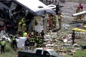 Tai nạn xe buýt nghiêm trọng tại Mỹ khiến nhiều người thương vong