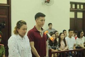Xét xử vụ bố và mẹ kế bạo hành con dã man ở Hà Nội: Rùng mình lời khai của 2 bị cáo