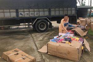 Thanh Hóa: Bắt giữ số lượng lớn đồ chơi không có giấy tờ