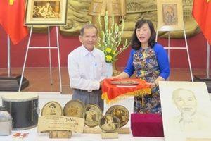 Bảo tàng Hồ Chí Minh tiếp nhận nhiều hiện vật quý giá về Bác Hồ